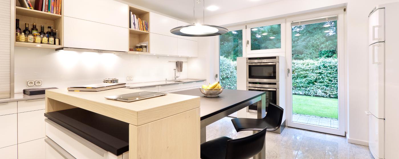 Küche Bei Mann Mobilia ~ küche mit blick ins grüne bei molitors' düsseldorf